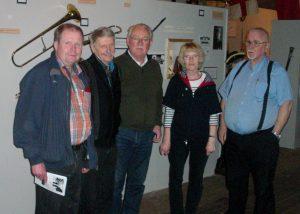 På Garnisonsmuseet: Mikael Johansson, Christer Carnegren, Rolf Johansson, Else-Marie Lippold och Björn Lippold.
